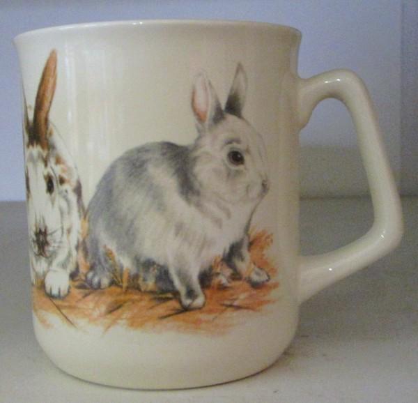 Kaffeebecher mit Kaninchenmotiv